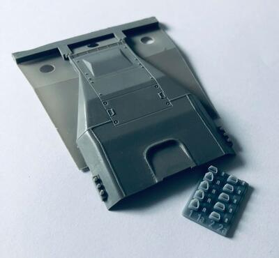 35040 Engine deck with weld lines and details for IDF Magach 2 and M48A2 for Dragon kits - 2