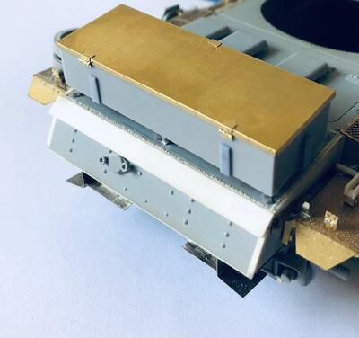 E35079 Metal box for Stug.III G from LSSAH, type 2, with bracket - 3